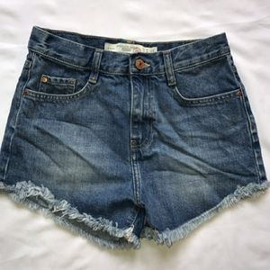 Zara Trafaluc 5-pocket denim shorts (size 2)